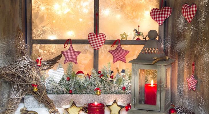 Прикраса вікон до Нового року: паперовий та фруктовий декор