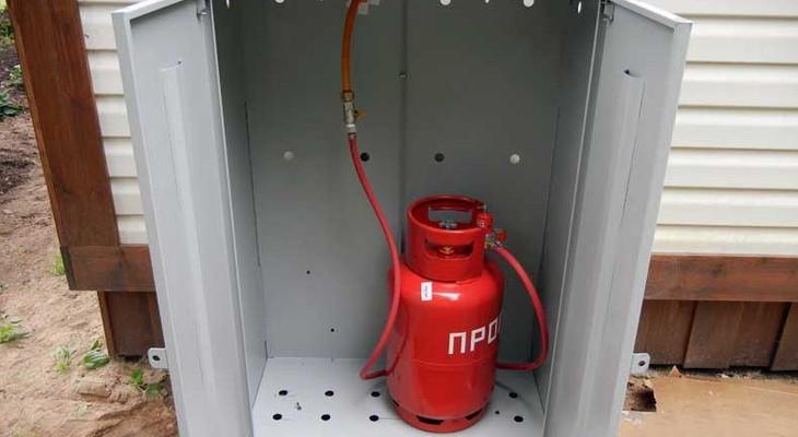 Як підключити газовий балон до плити на дачі