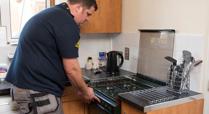 Як підключити газову плиту в квартирі самостійно