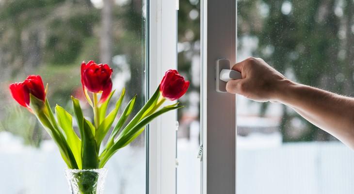 Догляд за пластиковими вікнами: основні правила експлуатації