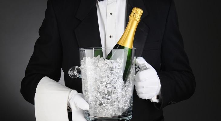 Скільки можна зберігати шампанське і як це робити правильно