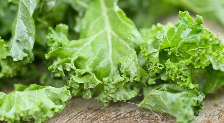 Як зберігати листя салату в холодильнику свіжими