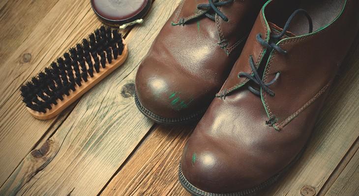 Як чистити взуття зі шкіри в домашніх умовах