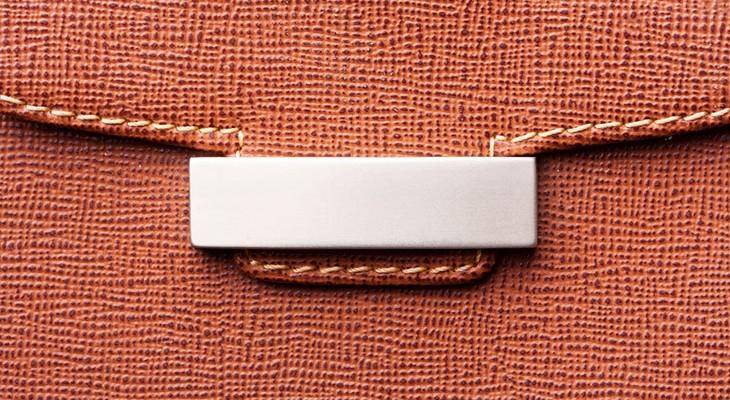 Як почистити шкіряний гаманець в домашніх умовах
