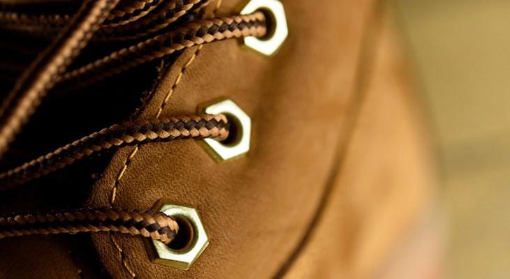 Як почистити взуття з нубуку в домашніх умовах