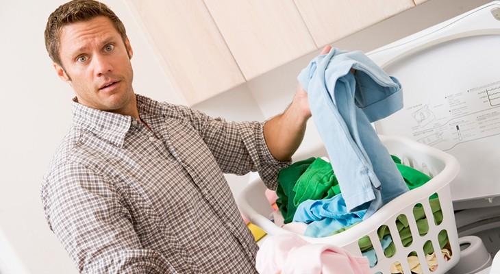 Як позбутися запаху бензину на одязі в домашніх умовах