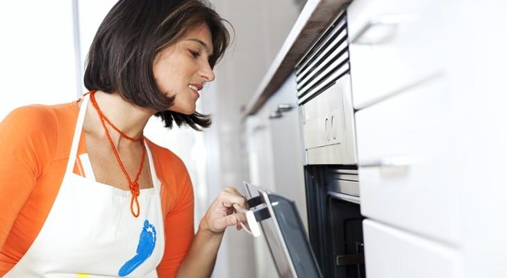 Гідролізне очищення духовки: що це таке?