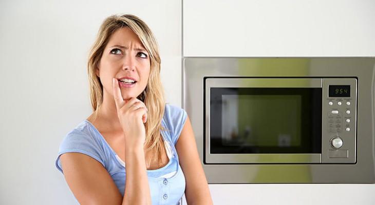 Як відмити мікрохвильовку від жиру всередині в домашніх умовах
