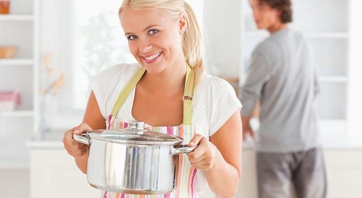 Як почистити каструлі з нержавійки в домашніх умовах