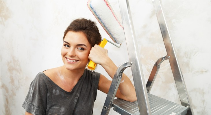 Як вивести пляму від фарби з одягу в домашніх умовах