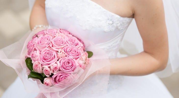 Як прати весільну сукню в домашніх умовах