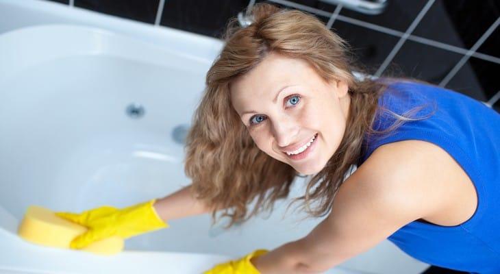 Чим чистити акрилову ванну від вапняного нальоту, іржі і бруду