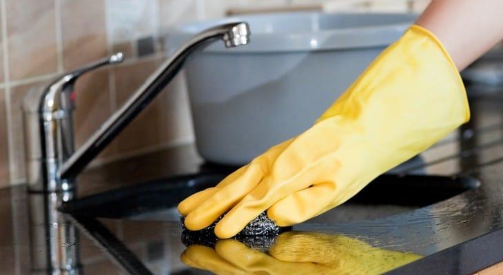 Чим чистити раковину зі штучного каменю