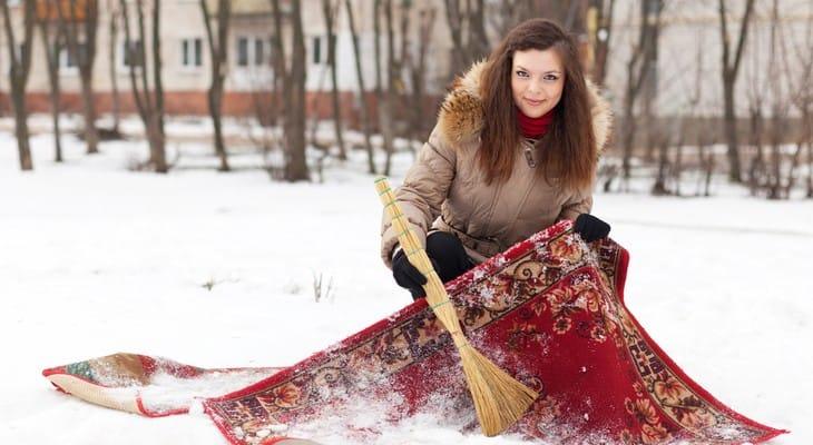 Як почистити килим в домашніх умовах: содою, оцтом, Ванішем