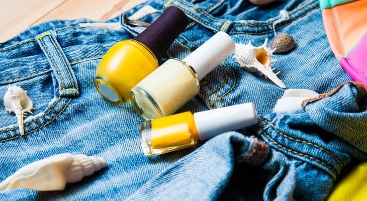 Як відіпрати лак для нігтів з одягу в домашніх умовах
