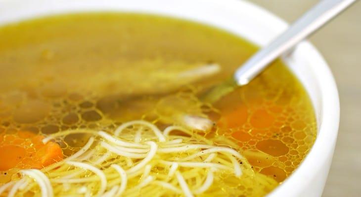 Скільки можна зберігати суп в холодильнику: загальні рекомендації
