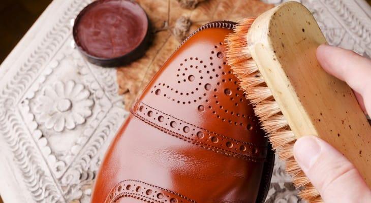 Догляд за шкіряним взуттям в домашніх умовах: секрети і рекомендації