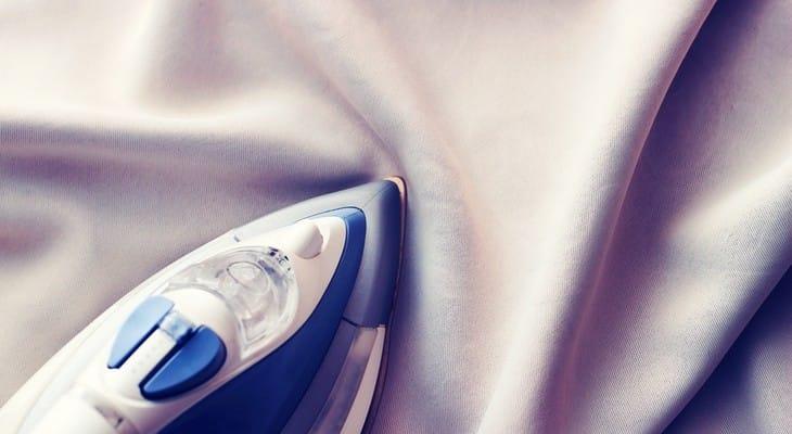 Як прасувати шифон: спідницю, плаття, блузку, шарфик