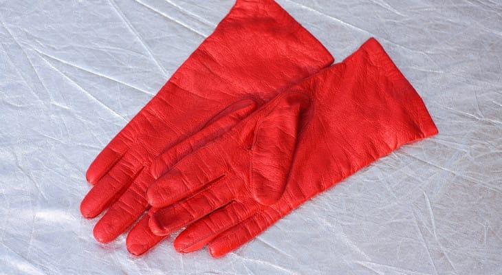 Як почистити шкіряні рукавички в домашніх умовах