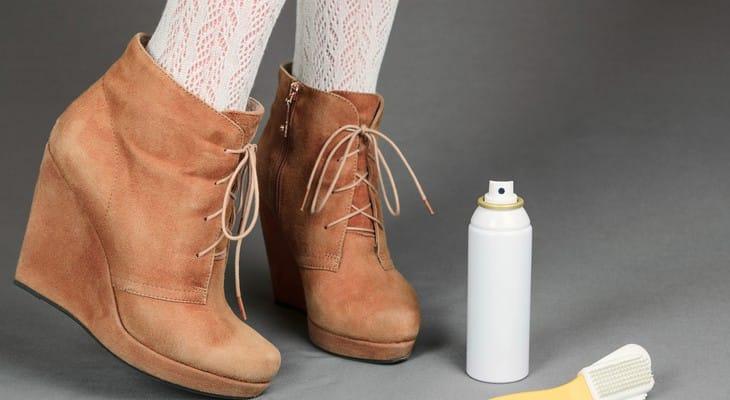 Як почистити замшеві чоботи в домашніх умовах від бруду і солі