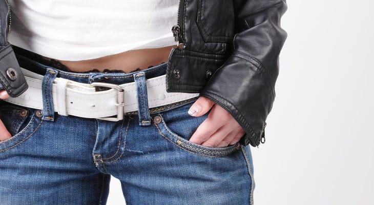 Як розгладити шкіряну куртку в домашніх умовах: дбайливо і швидко