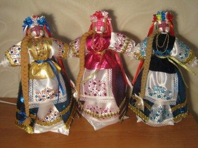 Як зробити плаття для ляльки мотанки
