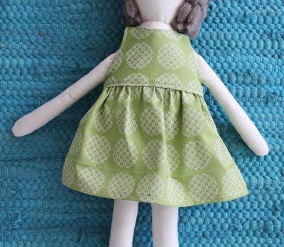 Як зробити ляльку з тканини