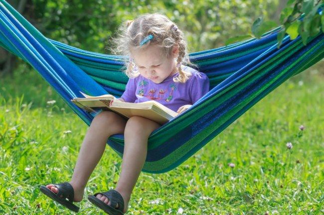 Як організувати для школяра корисні літні канікули?