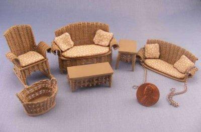 Як зробити меблі для ляльок
