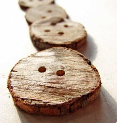 Натуральні дерев'яні гудзики для сорочок та пальто своїми руками
