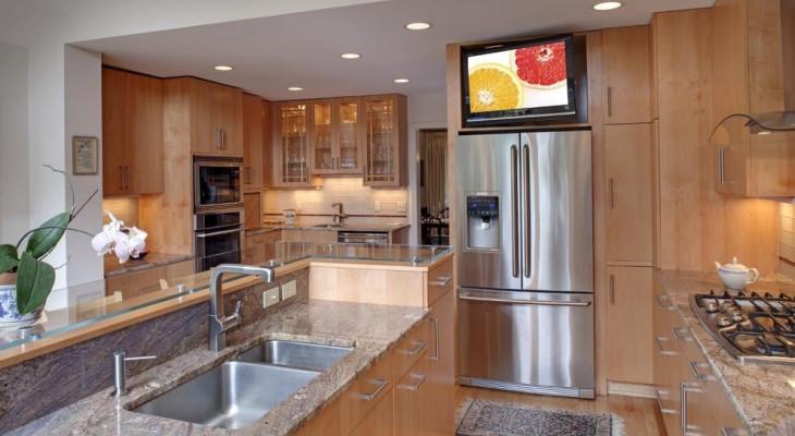Чи можна на холодильник ставити телевізор